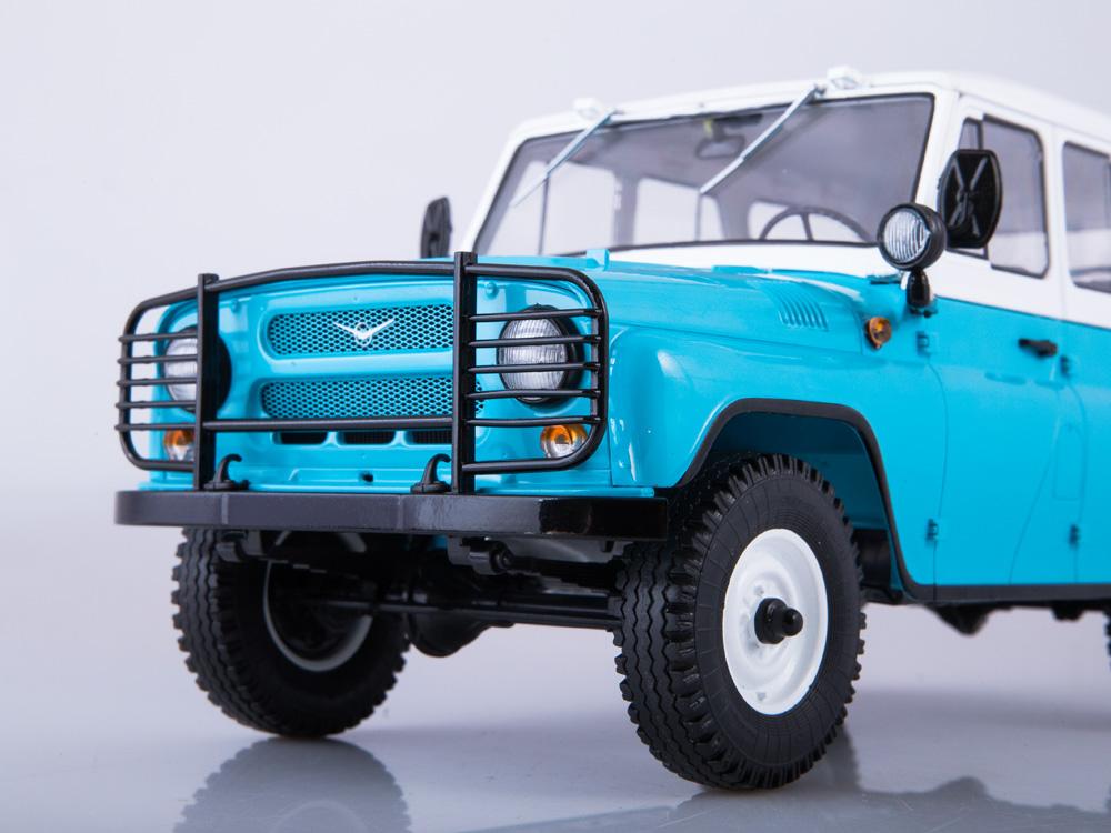 18002.blue8